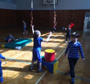 Atletika - 3   Krúžky v škole