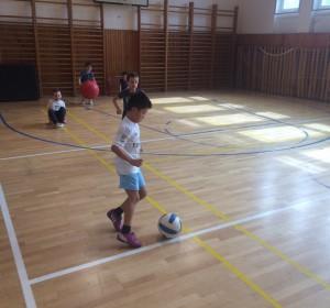Atletika - 5   Krúžky v škole