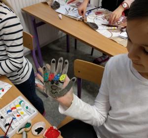 S výtvarnou okolo sveta - 1 | Krúžky v škole